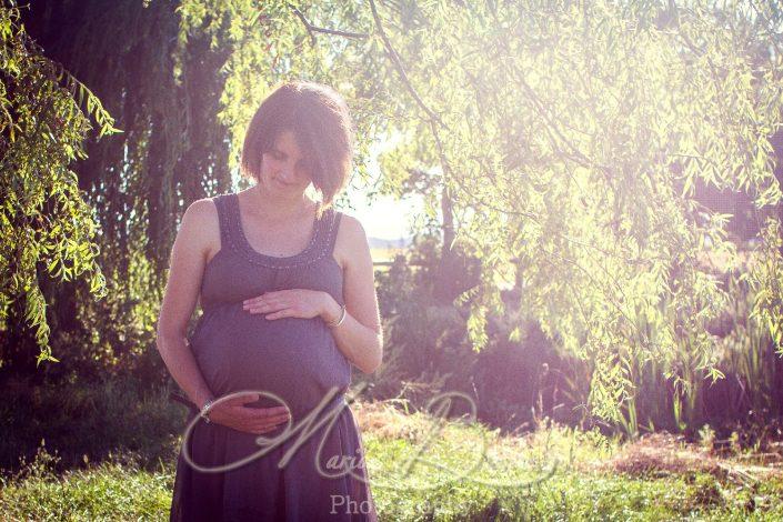 seance grossesse, ventre rond, famille, enfant, bébé, nature, Rosières, Haute-Loire, Auvergne