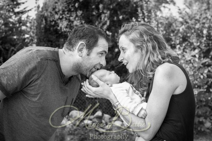 séance naissance, bébé, famille, portrait, Saint-Julien-Chapteuil, Haute-Loire, Auvergne