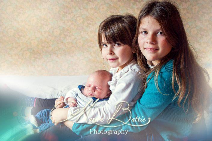 séance enfants, bébé, cousins, intérieur, Haute-Loire, France
